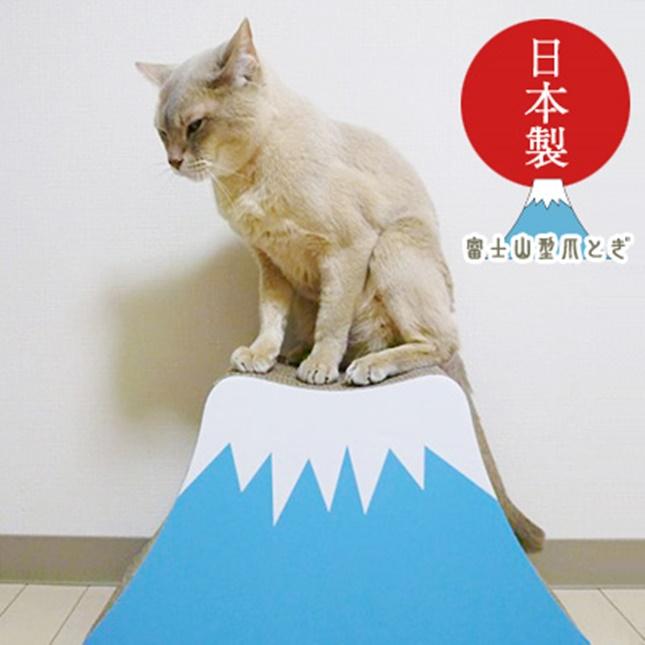 猫も思わず登頂したくなる?