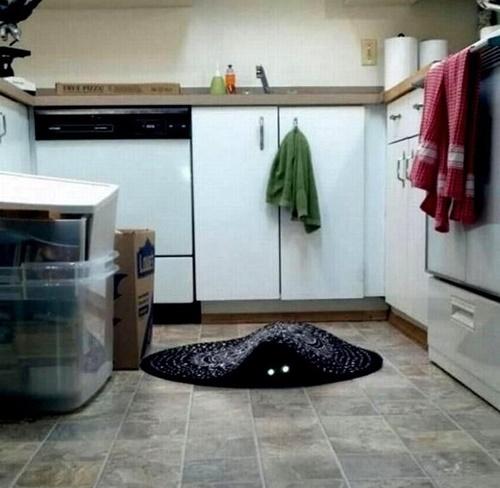 スライムと化した猫。