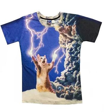 雷を操る猫Tシャツ